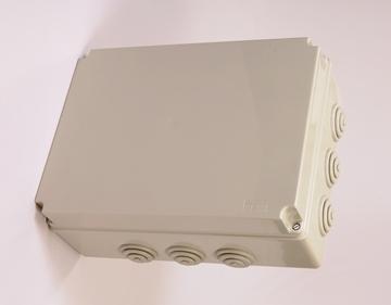 Εικόνα της Κουτιά Διακλαδώσεων με βιδωτό καπάκι ΓΚΡΙ 190x145x70